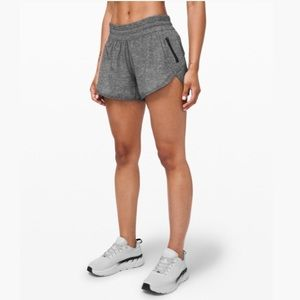 NWT Lululemon Athletica Grey Black Tracker Shorts